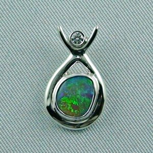 Sterling Silber Anhänger mit 0,92 ct Opal Diamant 0,05 ct