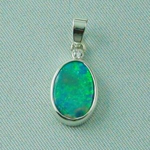 1.62 gr. opal pendant, silver pendant 925, 1.68 ct Black Crystal Opal, pic1
