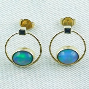4.48 gr. opal ear studs, earrings 18k gold with 2.99 ct welo opals
