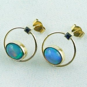 4.48 gr. opal ear studs, earrings 18k gold with 2.99 ct welo opals, pic2