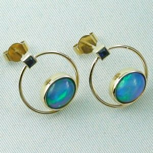 4.48 gr. opal ear studs, earrings 18k gold with 2.99 ct welo opals, pic6