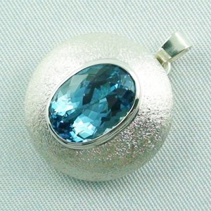 14.79 gr. Silver pendant and necklace with 7.64 ct blue topaz, pic2