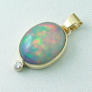 5.42 gr. gold pendant with 10.64 ct Welo Opal, pic2