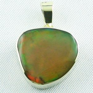 6.47 gr. Gold pendant with 12.39 ct Welo Opal, pic1