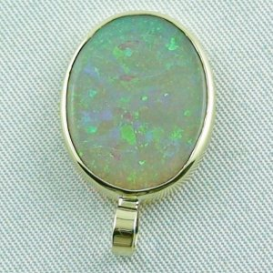 2.73 grams. Gold pendant with 7,57 ct Black Crystal Opal, pic4