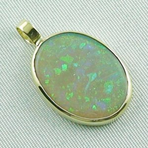 2.73 grams. Gold pendant with 7,57 ct Black Crystal Opal, pic6
