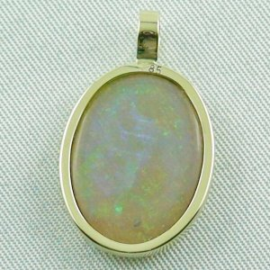 2.73 grams. Gold pendant with 7,57 ct Black Crystal Opal, pic7