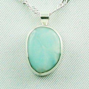 3.88 gr Larimar pendant 8,70 ct, silver 935, necklace