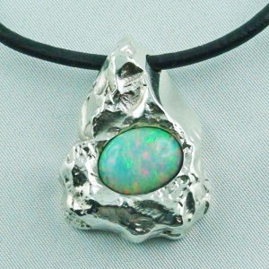 47.30 gr. silvernugget pendant silver 935 with Top Welo Opal 7.04 ct