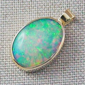 3.81 gr. 14k Gold pendant with 6.99 ct Top Welo Opal, pic2