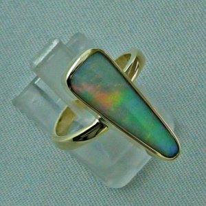 5.07 gr opalring, 14k goldring, ladies ring with blackcrystal opal, pic