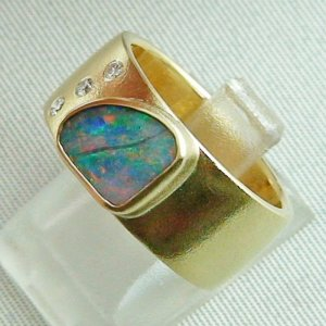 opalring, 18k goldring, ladies ring with boulder opal and diamonds, pic2