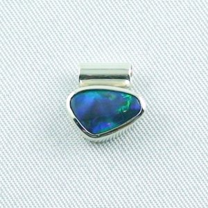1,17 gr opalpendant, silver pendant 925 with black opal 0,86 ct