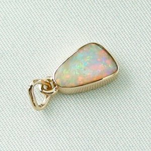 1,29 gr opal pendant, rose gold pendant 18k with crystal opal 1,78 ct, pic5