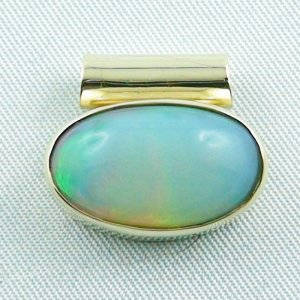 5,52 gr opalpendant, gold pendant 14k with Welo Opal, diamond, pic1