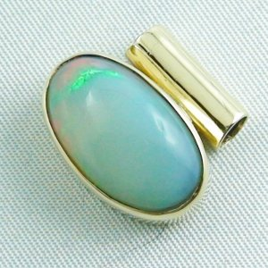 5,52 gr opalpendant, gold pendant 14k with Welo Opal, diamond, pic2