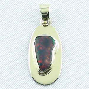 opalpendant, gold pendant 14k with black opal 2,79 ct, pic1