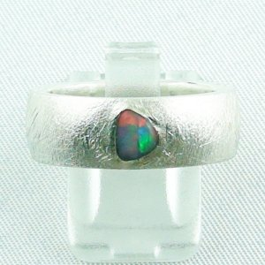 9.99 gr opalring, silverring with black opal 0,36 ct, men's ring 1