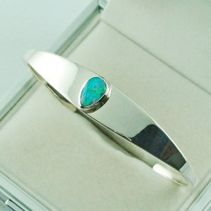 28.81 gr opalbangle, silver bangle with Black Crystal Opal 1.86 ct, pic2