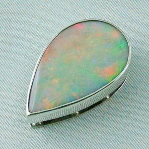 9.02 gr.  opalpendant, silver pendant 935, olympic field White Opal, pic3