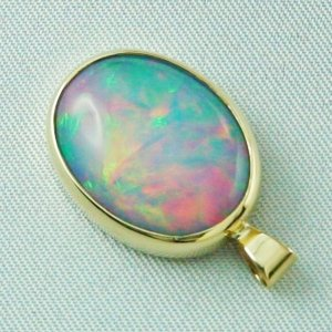 4.58 gr opalpendant, gold pendant 18k with Welo Opal, pic3