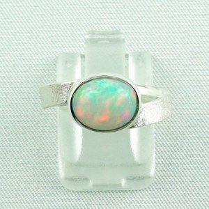 3.87 gr opalring, silverring with Welo opal 1.69 ct, ladies ring