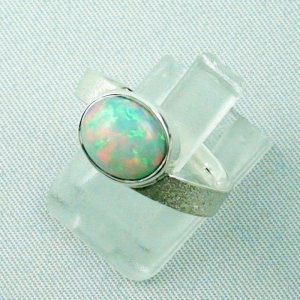 3.87 gr opalring, silverring with Welo opal 1.69 ct, ladies ring, pic2