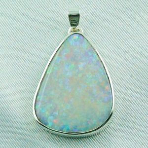 4.62 gr opalpendant, silver pendant 935 with White Opal