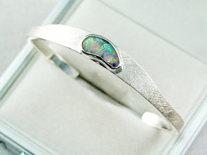 27.02 gr bangle silver 935 with Boulder opal 3.26 ct, pic2