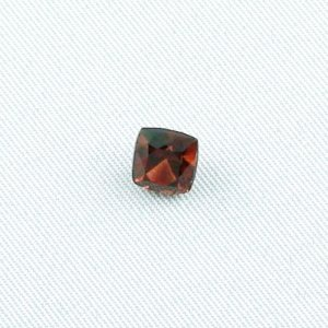 1.93 ct Garnet gemstone Rhodolite 6.43 x 6.83 x 5.21 mm