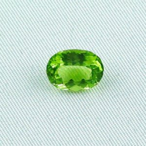3.51 ct peridot gemstone jewelry stone 10.70 x 8.41 x 5.36 mm