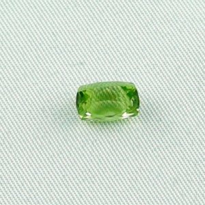 2.45 ct peridot gemstone jewelry stone 8.70 x 5.73 x 5.69 mm