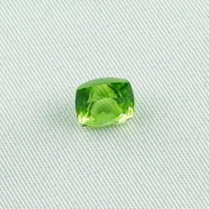 3.22 ct peridot gemstone jewelry stone 8.08 x 7.30 x 6.93 mm