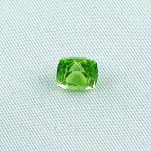 2.32 ct peridot gemstone jewelry stone 7.56 x 6.69 x 5.87 mm