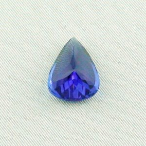 11.86 ct Tanzanite gemstone pendant stone 16.92 x 12.67 x 9.59 mm, pic5