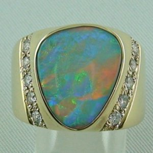 17.66 gr. opalring, 14k or 585 goldring with opal, 5.17 ct semi black opal
