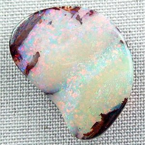34.34 ct Investment Boulder Opal 31.81 x 23.38 x 7.85 mm, pic7