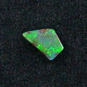 shining 1.68 ct boulder opal gemstone 12.53 x 7.78 x 2.44 mm, pic2
