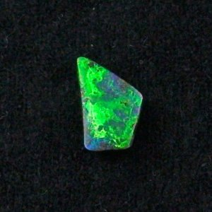 shining 1.68 ct boulder opal gemstone 12.53 x 7.78 x 2.44 mm