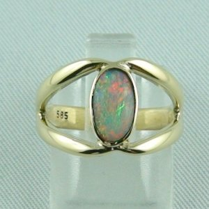4.26 gr. opalring, 14k or 585 goldring with 0.80 ct semi black opal