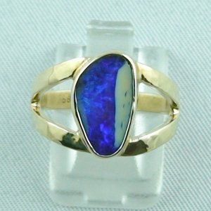 5.28 gr. opalring, 14k or 585 goldring with 2.78 ct boulder opal