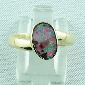 5.15 gr. opalring, 14k / 585 goldring with 1.80 ct boulder opal