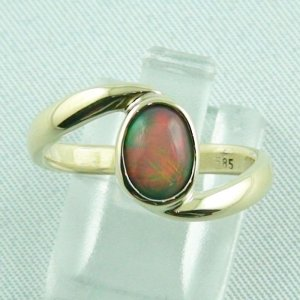 3.99 gr. opalring, 14k or 585 goldring with 0.75 ct Welo Opal, ladies ring
