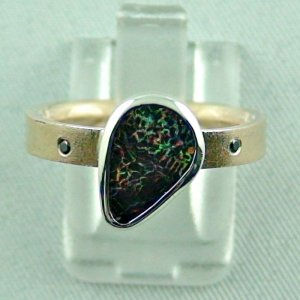 opalring, 8k goldring 4.83 gr. with boulder opal 1.91 ct