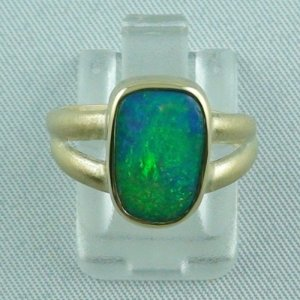 Opalring / 585er Goldring 14k mit 2,35 ct Welo Opal