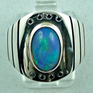 Opalring / 925er Sterling Silberring mit 2,56 ct Opal u. Diamanten zus. 0,08 ct