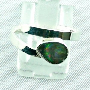 opalring, 3.07 gr silverring with black opal 0.43 ct, ladies ring