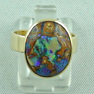 7.08 gr. opalring, 14k or 585 goldring with 5-6 ct boulder opal