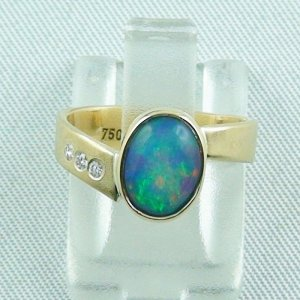 Opalring / 750er Goldring 18k mit 0,85 ct Top Welo Opal und Diamanten zus. 0,045 ct