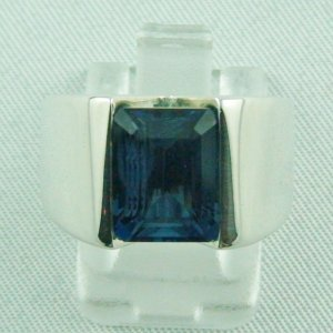 Bluetopazring, 17.70 gr silverring with blue topaz 5,22 ct